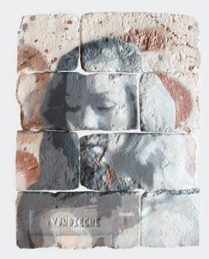 With eyes closed #3, spray paint on plaster, 45 cm x 35 cm x 1 cm